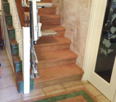 Stairlift with Folding Rail